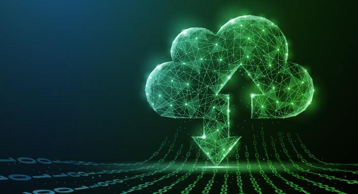 grüne Wolke mit Pfeilen zum Thema Cloud Computing